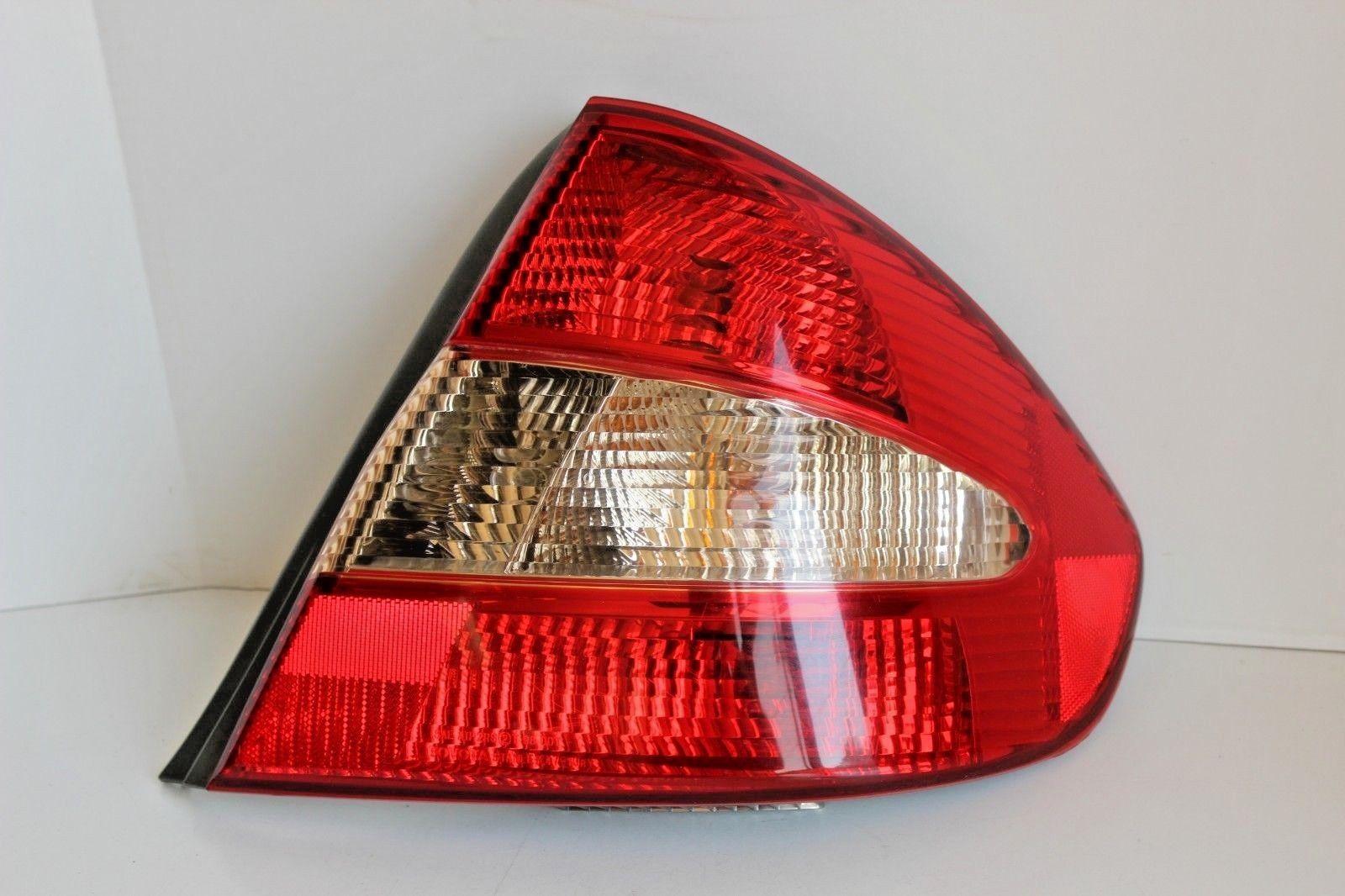 2001 2003 Toyota Prius Rh Right Passenger Side Quarter Mounted Tail Rav4 Lights 2002 Outer Light