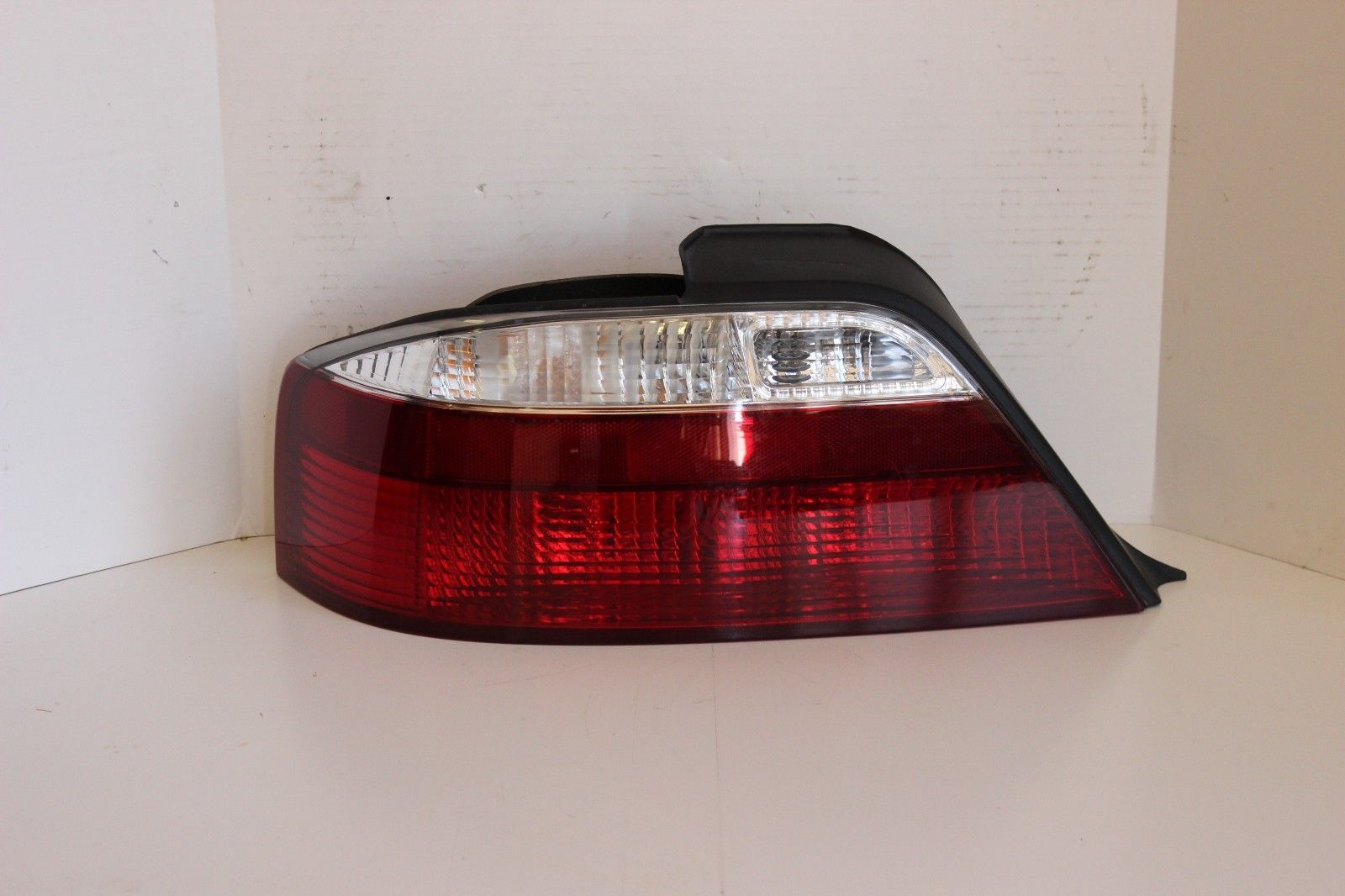 2002 2003 Acura Tl Lh Left Driver Side Outer Quarter Mounted Tail Light